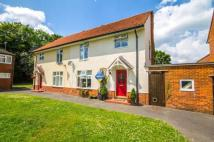 3 bedroom semi detached property in Valon Road, Arborfield...