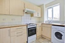 Flat to rent in Harlinger Street...