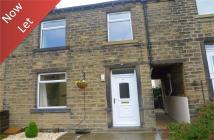 Cottage to rent in Towngate, Kirkburton...