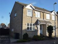 3 bed semi detached house in Hawthorne Way, Shelley...