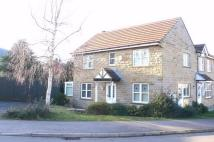 3 bedroom semi detached home in Hawthorne Way, Shelley...