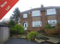3 bed semi detached house to rent in Windsor Drive...