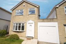 Link Detached House in Fox Close, Emley...