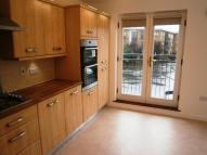 Town House to rent in Northolt, UB5