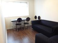 3 bed Flat to rent in Sudbury Hill