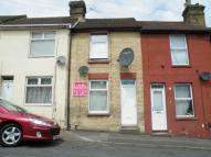1 bed Terraced house in Castle Road, Chatham, ME4