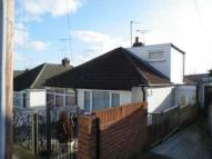 2 bed Bungalow in Gordon Road, Chatham, ME4