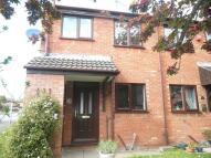 2 bedroom End of Terrace property to rent in Llys Derwen...