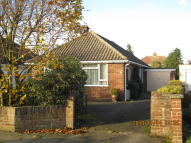 Detached Bungalow to rent in Chelsworth Avenue...