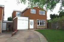 4 bed Detached home in Silverstone Close...