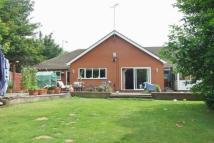 3 bed Semi-Detached Bungalow in Noose Lane, Willenhall