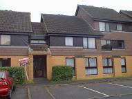 Apartment to rent in Flemish Fields, Chertsey...
