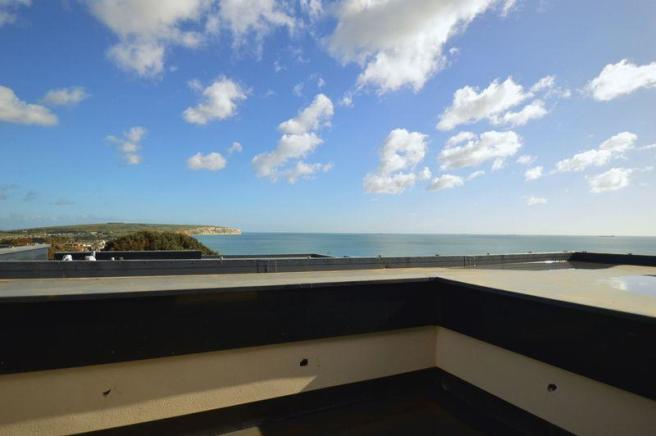 Roof Terrace (...