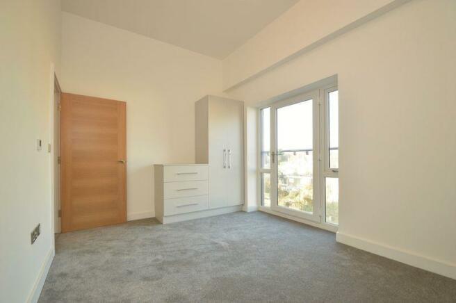 Bedroom (Apt 25)