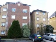2 bedroom Flat to rent in Purfleet
