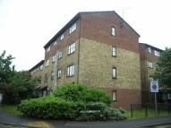 2 bed Flat in Grays
