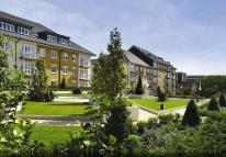 2 bed Flat to rent in Kensington House Park...