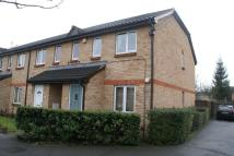 1 bed Apartment in Lowdell Close, Yiewsley...