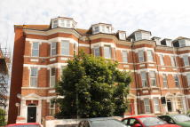 Flat to rent in Jevington Gardens...