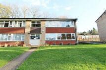 3 bed Apartment in Harestone Hill, Caterham