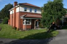 4 bedroom property in Kings Lea, Ossett