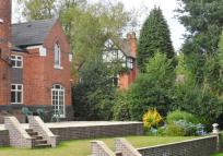 property to rent in Coach House, 