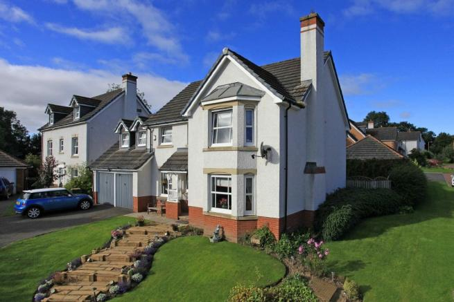 5 bedroom detached house for sale in 40 cornhill way perth perthshire ph1