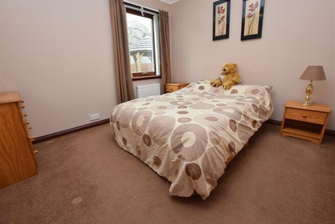 Bedroom 3 NEW .JPG