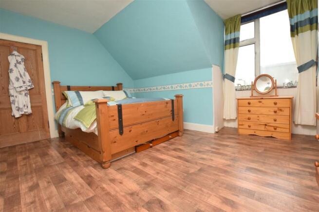 Master Bedroom 2 .JPG