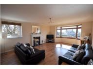 Overton Crescent Flat to rent
