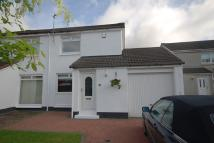 2 bed semi detached home in Sutton Court, Kilwinning...