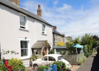 Character Property in Henley Gardens, Bicester...