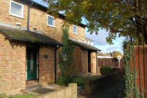 1 bed Ground Flat for sale in Bridgemead, Frimley...