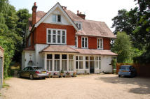 Apartment for sale in Church Hill, Camberley...