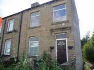 2 bedroom End of Terrace property to rent in Colne Bridge...