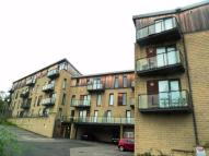 Apartment in Aspley Heights...