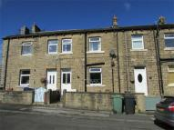 2 bedroom Detached house to rent in 18 Bradshaw Road, Honley