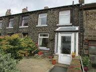 2 bed Terraced property in Outlane, Netherthong...