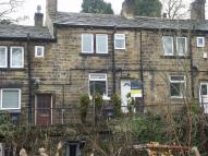 Cottage to rent in Scotgate Road, Honley...