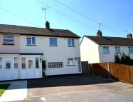 2 bedroom house to rent in Roydon, CM19