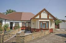 Bungalow in Walton-On-Thames, Surrey...