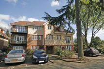 Flat in Woodham, Surrey, KT15