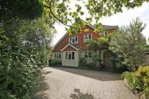 4 bed Detached house in Rowtown, Surrey, KT15