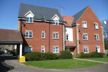 2 bed Apartment in Bramble Tye, Noak Bridge