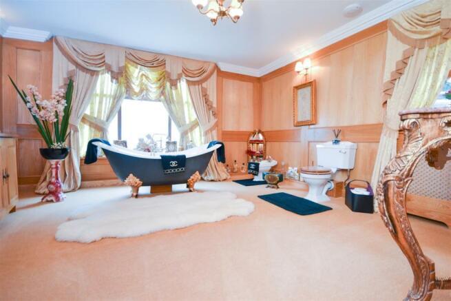 Ground Floor House Bathroom