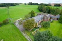 5 bed Barn Conversion in Hocker Lane...