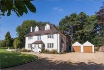 5 bed Detached house in Toft Road, Knutsford