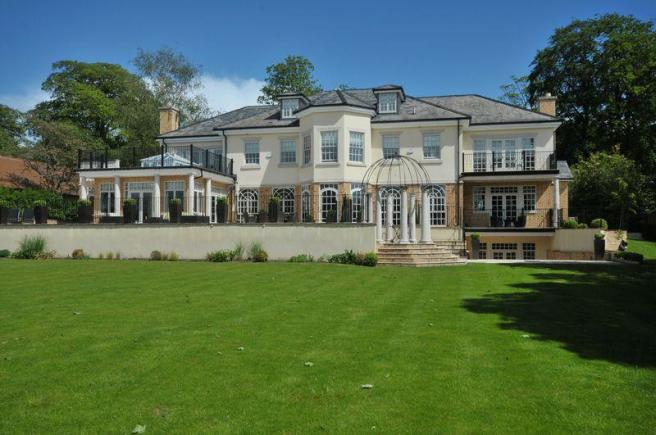 7 bedroom detached house for sale in mereside road mere wa16