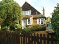3 bedroom Detached house in Walton Lane, Shepperton...