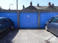 Seaside Garage to rent